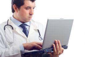 """""""Ten lekarz ma sumienie"""" - aplikacja Medicoveru wskazuje lekarzy, którzy podpisali klauzulę sumienia"""