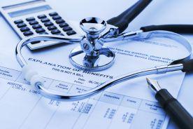 NFZ przedstawia wnioski z kontroli lekarzy