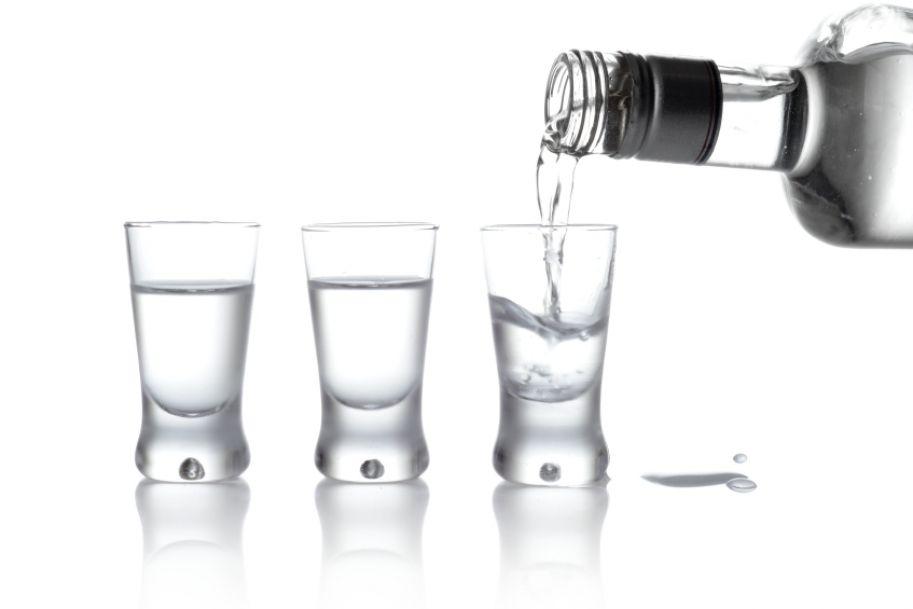 Wódko, pozwól leczyć