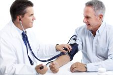 Powikłania sercowo-naczyniowe w trakcie terapii przeciwnowotworowej: nadciśnienie tętnicze