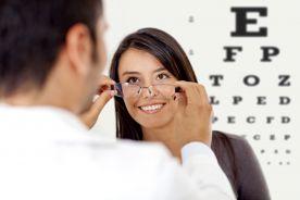 Co szósty Polak nie był u okulisty, co piąty nie wie, czy ma wadę wzroku