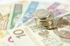 NRL: płaca minimalna to za mało dla stażysty