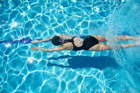 Francja: Refundowana recepta na... basen i siłownię