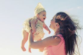 Pierwsze dziecko urodzone dzięki przeszczepowi macicy od zmarłej dawczyni