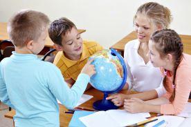 Uczęszczanie do angielskiej szkoły nie bardziej ryzykowne niż pozostawanie w domu