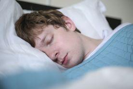 Czy wystarczy wysypiać się jedynie w weekendy?