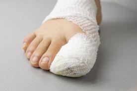 Ferie zimowe: gdzie szukać pomocy w razie zachorowania lub wypadku?