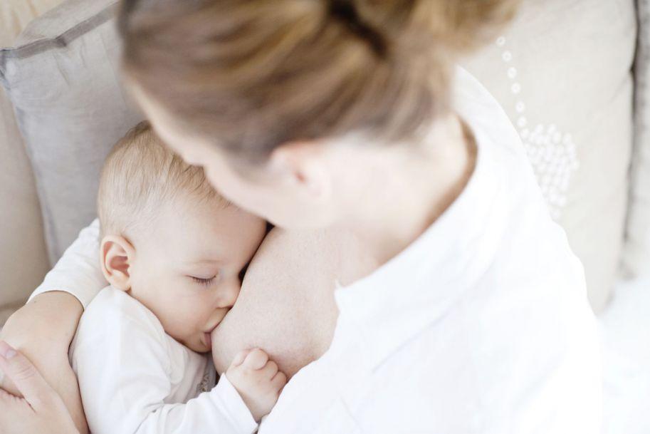 Wsparcie laktacji i profesjonalna pomoc w karmieniu naturalnym, dla matek dzieci urodzonych przedwcześnie i z wadami anatomicznymi twarzoczaszki - na podstawie piśmiennictwa i własnego doświadczenia
