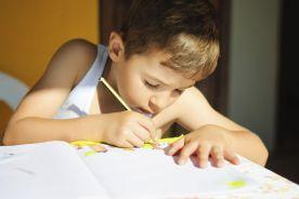 Nauka języków dla lepszego rozwoju dzieci z FAS