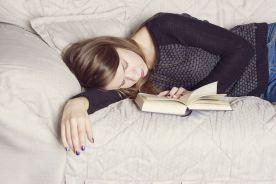 Regularny sen poprawia oceny studentów