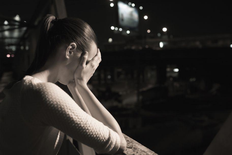Czy doświadczenia psychotyczne zwiększają ryzyko zachowań samobójczych?