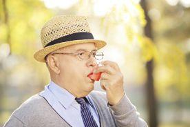 Wpływ wieku na opóźnienie rozpoznania astmy oskrzelowej