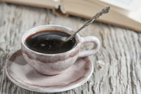 Kawę zdrowiej jest pić dopiero po śniadaniu