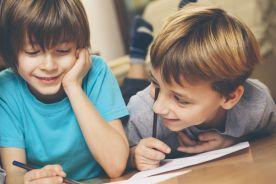 Dzieci lepiej chwalić niż ganić