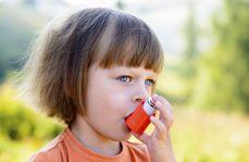 Kontakt matek z produktami do czyszczenia to większe ryzyko astmy u dzieci