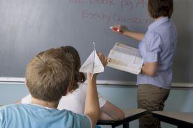 Nauczyciele powinni być szczepieni przed seniorami