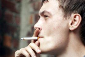 MZ: spadł odsetek palących Polaków, liczba palących Polek bez zmian