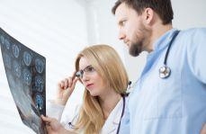 Ważą się losy wynagrodzeń dla lekarzy rezydentów