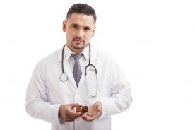 Lekarze rodzinni w ogniu krytyki