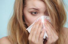 Ocena bezpieczeństwa stosowania desloratadyny w alergicznym nieżycie nosa