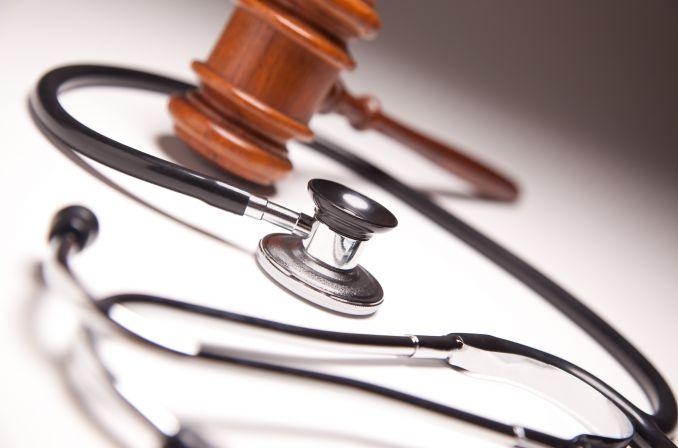 Obciążanie lekarzy kosztami badań jest bezprawne