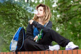 Sprawdź, czym grozi zapalenie pierwszego papierosa?