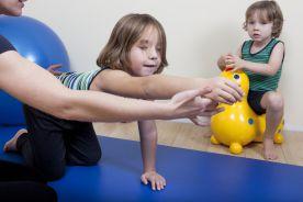 Choroby reumatyczne wieku rozwojowego – fizjoterapia od najmłodszych lat