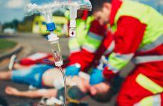 MZ pozbywa się problemu ratowników? Decyzję o podwyżkach spycha na…