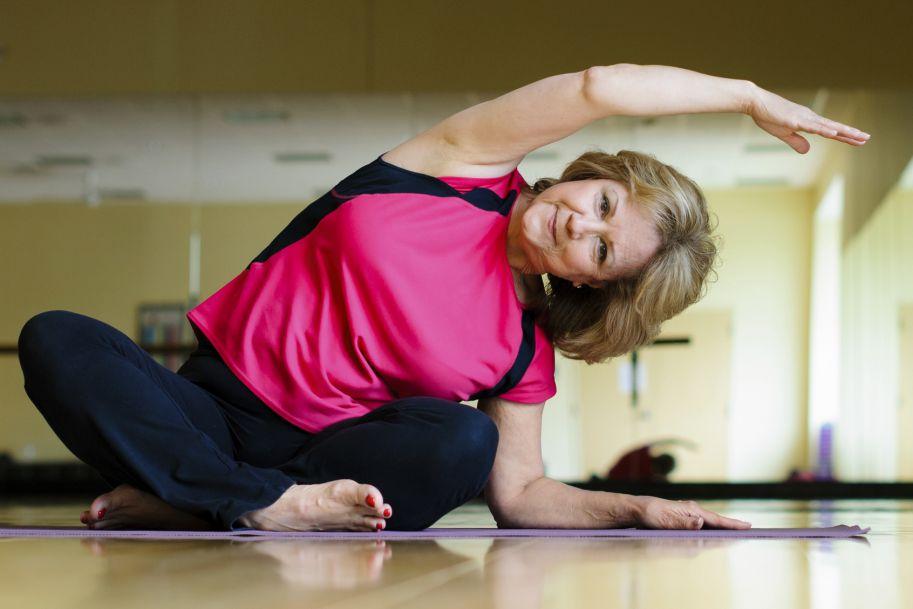 Zastosowanie różnych form treningu fizycznego u pacjentek z osteoporozą pomenopauzalną