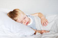 Czy dzieci chorują tylko za dnia? Czyli o jakich zaburzeniach snu powinien wiedzieć pediatra
