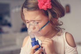 Postępowanie z dzieckiem do ukończenia 5. roku życia z zaostrzeniem astmy oskrzelowej