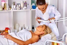 Kosmetolog to nie lekarz
