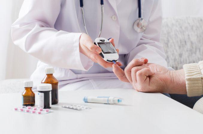 Inhibitor DPP-4 u pacjentki z zaburzeniami czynności wątroby - przypadek kliniczny