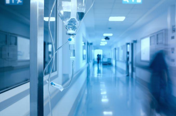Szokujące wyniki kontroli NIK: sprzęt za miliony złotych zalega w szpitalnych magazynach