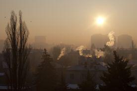 Zanieczyszczone powietrze powoduje zmiany w mózgach dzieci