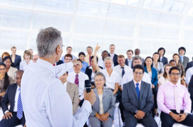 Zwiększamy produkcję lekarzy: kolejna warszawska uczelnia będzie kształciła medyków
