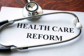 Chaos i paraliż decyzyjny w Ministerstwie Zdrowia