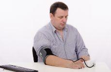 Leczenie nadciśnienia tętniczego w praktyce – przypadek z komentarzem