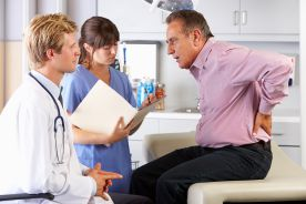 Leki złożone w farmakoterapii bólu, czyli jakie korzyści płyną z połączenia diklofenaku i omeprazolu