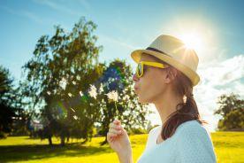 Alergolog ostrzega osoby uczulone na pyłki przed reakcją krzyżową na alergeny