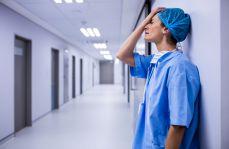 Lekarze odchodzą ze szpitali. Są zmęczeni