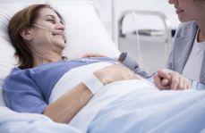Zakaz wywieszania kart gorączkowych przy łóżkach, czyli mity na temat RODO