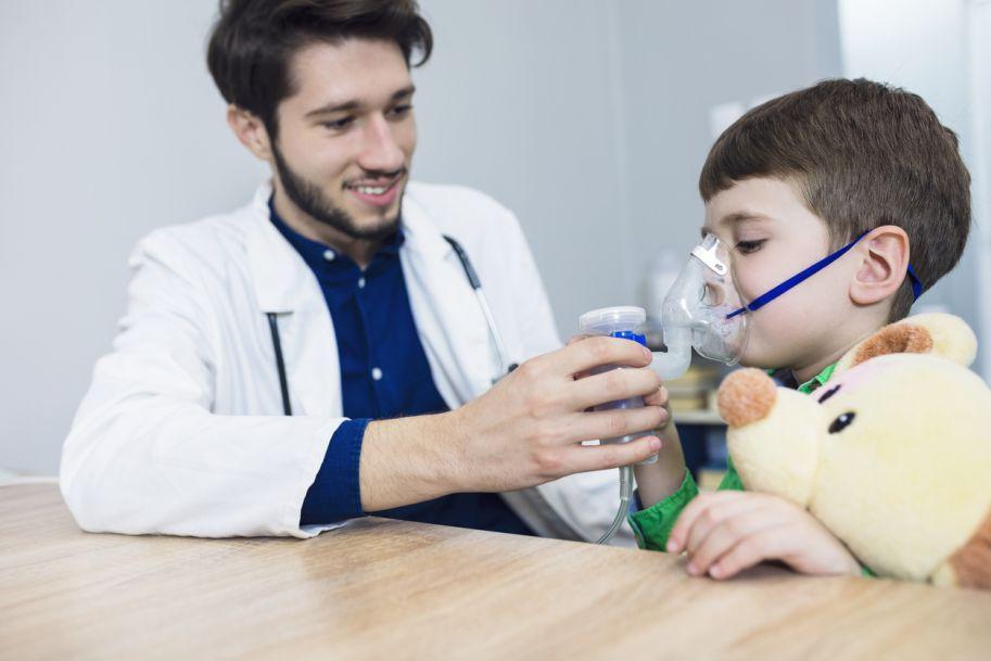 Połączenie krótko działającego β2-mimetyku z krótko działającym lekiem antycholinergicznym u dzieci z obturacją oskrzeli