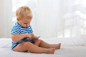 Ekrany szkodliwe dla małych dzieci