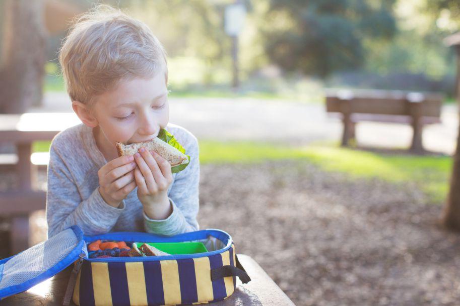 Żywienie dzieci i młodzieży z cukrzycą typu 1