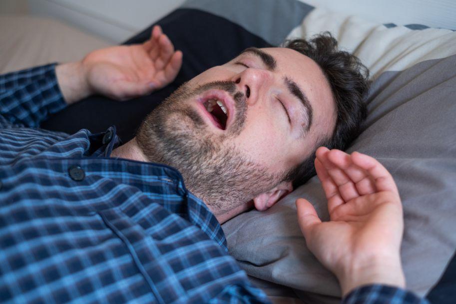 Kiedy chrapanie jest chorobą, u kogo wymaga leczenia?