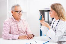 Spada liczba porad udzielanych chorym na astmę