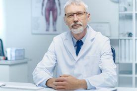 Czy lekarze emeryci zachowają prawo do wystawiania recept papierowych?