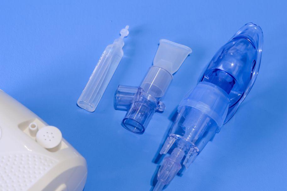 Nebulizacja – metoda terapii inhalacyjnej w leczeniu astmy oskrzelowej