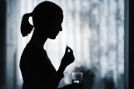 Koronawirus: zajadamy stres tabletkami